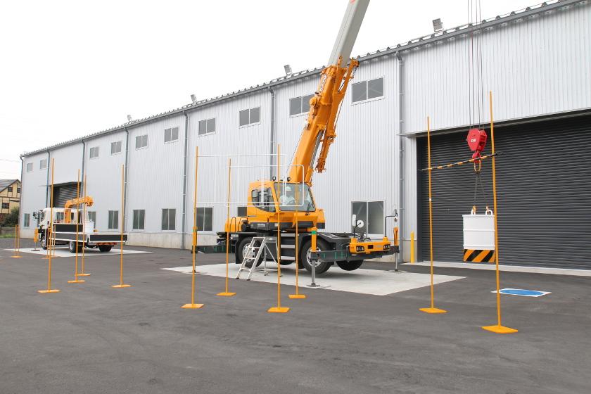 移動式クレーン運転実技教習 加藤製作所